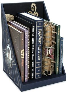 Harry potter extra bookses!