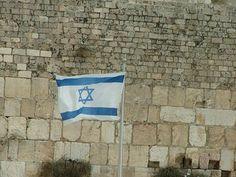 Mehrere prominente amerikanische Zionisten – darunter langjährige Unterstützer Israels – sind über die jüngste Entscheidung der israelischen Regierung bezüglich der Klagemauer und den nicht-orthodoxen Übertritten so erbost, dass sie amerikanische Juden dazu drängen, ihre Unterstützung zu kürzen oder sogar ganz zu streichen. Ein Kommentar von Alan M. Dershowitz.   #American Israel Public Affairs Committee #Amerika #Barack Obama #BDS #Benjamin Netanjahu #Boykott
