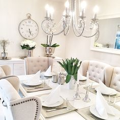 Credit: @malinschavenius _______________________________________ #wonderfulrooms #shabbyyhomes #classyinteriors #interior4you1 #inredning #inredningsdetaljer #inspiration #interior #interiör #interiordesign #interiordecor #style #lovely #homedecor #cozy #classy #dream #amazing #Padgram