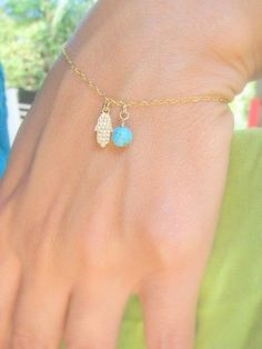 Gold and turquoise dainty bracelet - Is this like the one you had, except no turquoise?