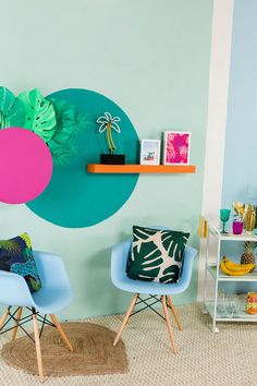 Bookmark this color palette inspired by Miami's bright beaches, vivid ocean, bold art deco architecture + lush tropical plants. #partner