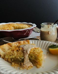This Fried Green Tomato Pie has the tangy flavor of fried green tomatoes wrapped in a flaky pie crust, topped with bread crumbs and creamy remoulade sauce. Baked Green Tomatoes, Green Tomato Pie, Green Tomato Recipes, Side Dish Recipes, Pie Recipes, Baking Recipes, Great Recipes, Favorite Recipes, Southern Tomato Pie
