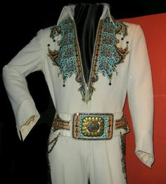 This is the Arabian jumpsuit. Elvis originally wore it in 1974. Then again in 1976, and 1977.