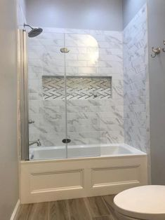 Modern Farmhouse, Rustic Modern, Classic, light and airy master bathroom design tips. Bathroom makeover suggestions and master bathroom renovation ideas. Bathroom Tub Shower, Bathroom Renos, Bathroom Renovations, Bathroom Interior, Master Bathrooms, Remodel Bathroom, Small Bathrooms, Bathroom Cabinets, Bathroom Mirrors