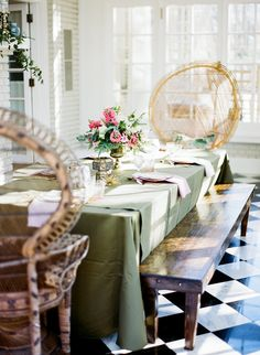 Nothing says bohemian wedding better than gorgeous natural materials and earth tones.