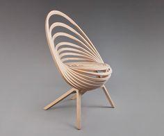 Octave le fauteuil spirale de bois par Estampille 52