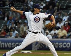 Jeff Samardzija earned his 8th win of the season and struck out 11 against the Astros on Monday night