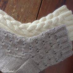 Simple lace socks worked in thick yarn makes knitting fun and interesting and of course they are lovely to wear as well! Lace Socks, Crochet Socks, Wool Socks, Knit Mittens, Knit Crochet, Lace Knitting, Knitting Stitches, Knitting Socks, Quick Knits