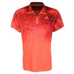 adizero Tennispolo Herren    Um den perfekten Aufschlag abzuliefern, brauchst du absolute Konzentration. Dieses Tennis-T-Shirt für Männer hilft dir dabei sie zu erreichen, denn dank grandioser Ventilation musst du dir um Hitze und Schweiß keine Gedanken machen.     Das ClimaLite leitet Schweiß von der Haut ab. Der inspirierte Look von der Straße zeichnet sich durch den Druck auf dem vorgefärbte...