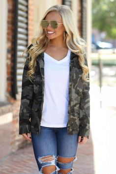 Gorgeous 47 Dreamy Outfit Ideas For Fall That Looks Cool Hipster Outfits, Jean Outfits, Work Outfits, Hipster Chic, Girly Outfits, Junior Outfits, Casual Winter Outfits, Spring Outfits, Stylish Outfits
