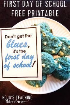 With this FREE first day of school printable download, back to school season will be even better than before. Click through to see how this can make a great gift for teachers, students, fellow parents, coworkers, or anyone else who wants to celebrate this special day. 'Don't get the blues, it's the first day of school!' Click through to see the blue cookie recipe and grab your freebie today! #FirstDayOfSchool #FirstDayOfSchoolPrintable #BackToSchool All About Me Activities, Back To School Activities, Fun Activities, Teaching Kindergarten, Teaching Ideas, Bulletin Board Letters, Blue Cookies, 2nd Grade Classroom, Great Teacher Gifts