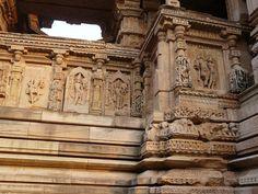 Saas-Bahu temple   by varunshiv
