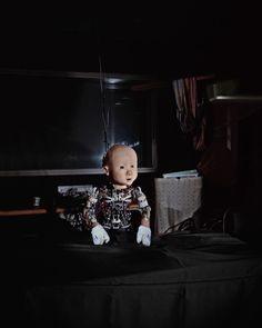 """Affetto : robot du Pr ASADA photo Max Aguilera-Hellweg ( """"le coeur des robots sur Arte.tv , juin 2015"""