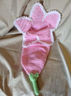 Spring Flower Cocoon with Pattern. This Flower Cocoon is perfect for a newborn photo prop! Get the FREE pattern here!