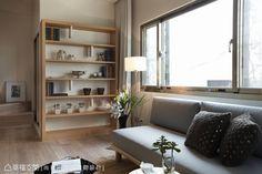 【無印悠閒 浪漫良品】以「無印良品」般的日式簡約為風格訴求,俐落簡潔的視覺線條,刻劃出木質紋理的天然溫潤。