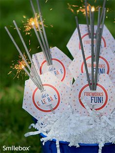 These look so cute for the of July! Smilebox is offering FREE printable sparkler cards. Just print and cut out to dress up your sparklers and create fun, themed party favors for BBQs, July Fourth Of July Food, 4th Of July Party, July 4th, Free Invitation Maker, Patriotic Party, Holiday Parties, Holiday Ideas, Sparklers, Holidays And Events