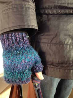 Chunky Fingerless Mitts -- Free Pattern from Alaska Knit Nat