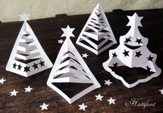 Hattifant - 3D Paper Christmas Trees (includes printables and video tutorial).