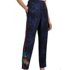 Ted Baker SARASIN παντελόνι  Ελαστική μέση Εντυπωσιακό Houdinii print Ρίγα στο πλάι Πλαινές τσέπες 100% Polyester Ted Baker, Women's Trousers, Fashion Moda, Pajama Pants, Pajamas, Pjs, Sleep Pants, Pajama, Pyjamas