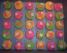 Luau-Birthday-Cakes-476