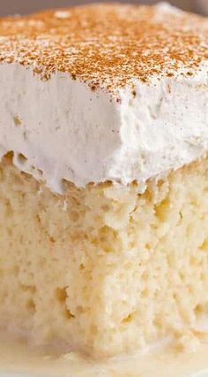Tres Leches Cake is an authentic Mexican cake soaked in three kinds of milk, topped with whipped cream and cinnamon. The ultimate indulgent dessert recipe! Gâteau Tres Leches, Tres Leches Recipe, Dessert For Dinner, Dessert Bars, Cake Mix Recipes, Baking Recipes, Tres Leches Cake Recipe Authentic, Desserts Sains, Mexican Dessert Recipes