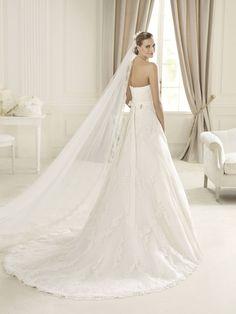 Manuel Mota For Pronovias 2013 Bridal Dresses Wedding Dress Train, 2016 Wedding Dresses, Wedding Dresses Plus Size, Designer Wedding Dresses, Bridal Dresses, Dresses 2014, Bridesmaid Dresses, Princesa Kate, Lace Dress With Sleeves