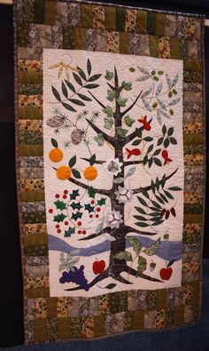 http://blog.lauraashley.com/wp-content/uploads/2012/08/tree-of-life-quilt.jpg
