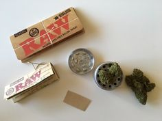 #weed #cannabis #Roll #Raw #bud #grinder