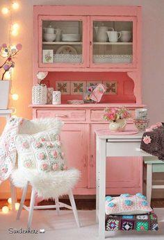 Vintage möbel weiss rosa  Vintage Buffet, Alter Küchenschrank im Shabby Chic ...