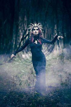 photo by Jukka Alasaari Model Valentine From Hell MUA&H: Mia Rikberg Headdress: Hysteria Machine Photography Projects, Creative Photography, Portrait Retouch, Gothic Culture, Gothic Aesthetic, Studio Portraits, Dark Fashion, Strike A Pose, Akita
