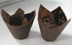 Brown Tulip Cupcake Liners- Appx. 100 Ct. 2 3/4-4 Decony http://www.amazon.com/dp/B00KAB415E/ref=cm_sw_r_pi_dp_iS3Bub13R8DYB