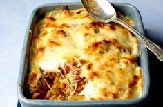 A filling, flavoursome and freezeable pasta bake from Woman's Weekly with minced beef, lots of cheese and a dash of Worcestershire sauce. Cook along with Sue McMahon's video recipe.