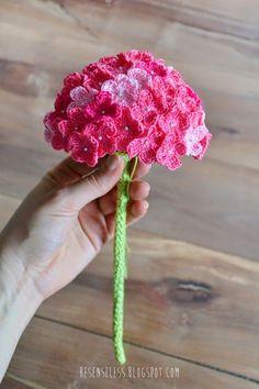 Crochet Hydrangea   ANNEMARIE'S CROCHET BLOG ♥ ANNEMARIE'S HAAKBLOG   Bloglovin'