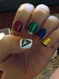 Simple Harry Potter Hogwarts House Nail Art