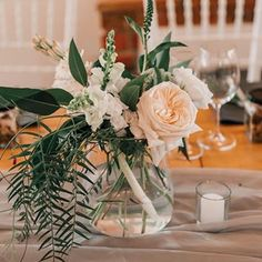 Bulb Flowers (@bulbflowers_ct) • Instagram photos and videos Bulb Flowers, Rose Wedding, Pure White, Bouquets, Pure Products, Table Decorations, Photo And Video, Videos, How To Make