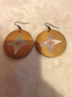 Vintage Brown Round Wood Earrings #910