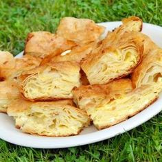 A cheese pie with ingredients and size depending only on your desire, gibanica is a trademark of this region and a dish that indispensably finds its place in the culinary offer of Serbia Bread Dough Recipe, Cheese Pies, Snack Recipes, Snacks, Holiday Dinner, Feta, Cabbage, Chips, Dishes