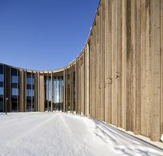 Sami Cultural Centre Sajos is located in northern part of Finnish Lappland, in village of Inari, on the southern bank of river Juutua. Sajos is. Cultural Architecture, Museum Architecture, Space Architecture, Wooden Architecture, Wooden Facade, Cultural Center, Samar, Floor Plans, Gallery