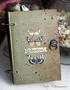 This art that makes me happy: Altered book for Photo Christmas Cards