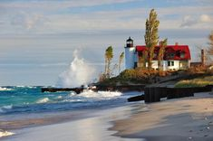 Beulah Michigan, State Of Michigan, Lake Michigan Lighthouses, Frankfort Michigan, Lighthouse Storm, Lighthouse Pictures, Light Of My Life, Lake Superior, Great Lakes