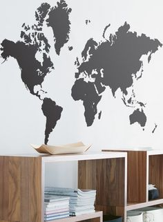 Wandsticker World Map von Ferm Living