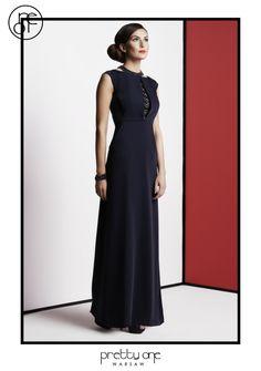 #lookbook #prettyonewarsaw Spring Summer 2015 Elegancka długa czarna suknia. Długi dekolt w literę V. Spring Summer 2015, Vogue, Formal Dresses, Fashion, Tunic, Dresses For Formal, Moda, Formal Gowns, Fashion Styles