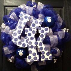 University of Kentucky Wreath