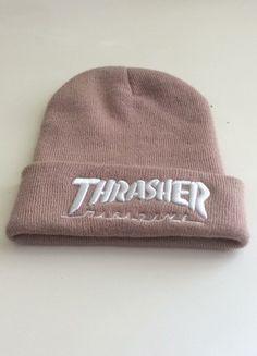 Bonnet Thrasher - Demetra J. Teen Fashion Outfits, Fashion Mode, Urban Fashion, Trendy Outfits, Womens Fashion, Cute Beanies, Cute Hats, Beanie Outfit, Beanie Hats