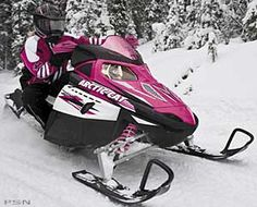 I'm 100% sure that when I'M able to afford a new snowmobile, it will look like this... PINK!!!!!