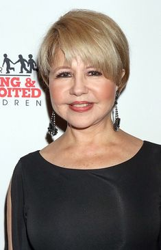 Pia Zadora-Short Celebrity Hairstyles for Women Over 60 l www.sophisticatedallure.com