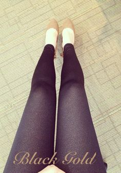 Todays leggings : Black Gold Leggings. Get yours at hellolilo.com!