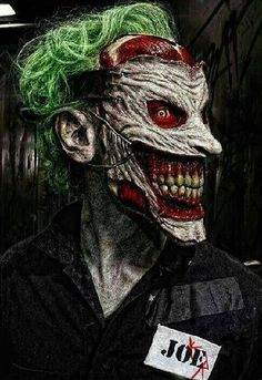 JOKER , so sick! After the Dollmaker slices off his face.