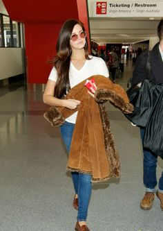 Lana Del Rey, leaving LAX airport, USA (December 11)