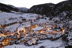 Canillo im Andorra Reiseführer http://www.abenteurer.net/2961-andorra-reisefuehrer/